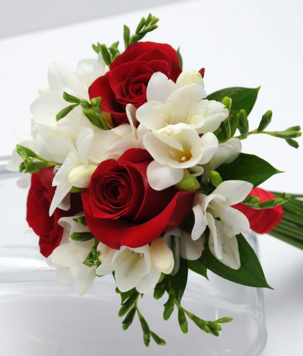 Three Rose Bouquet Freesia - Red