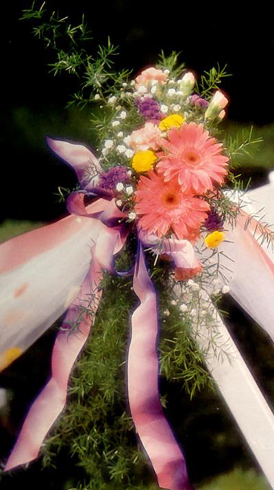 Ribbon Flower Pew Marker
